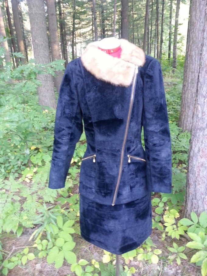 ST001 - Black Asymmetrical Zip Front Jacket with Removable Fur Collar